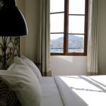 Vue exceptionnelle depuis votre lit de l'hotel Belle-Vue  sur Notre Dame de la Garde